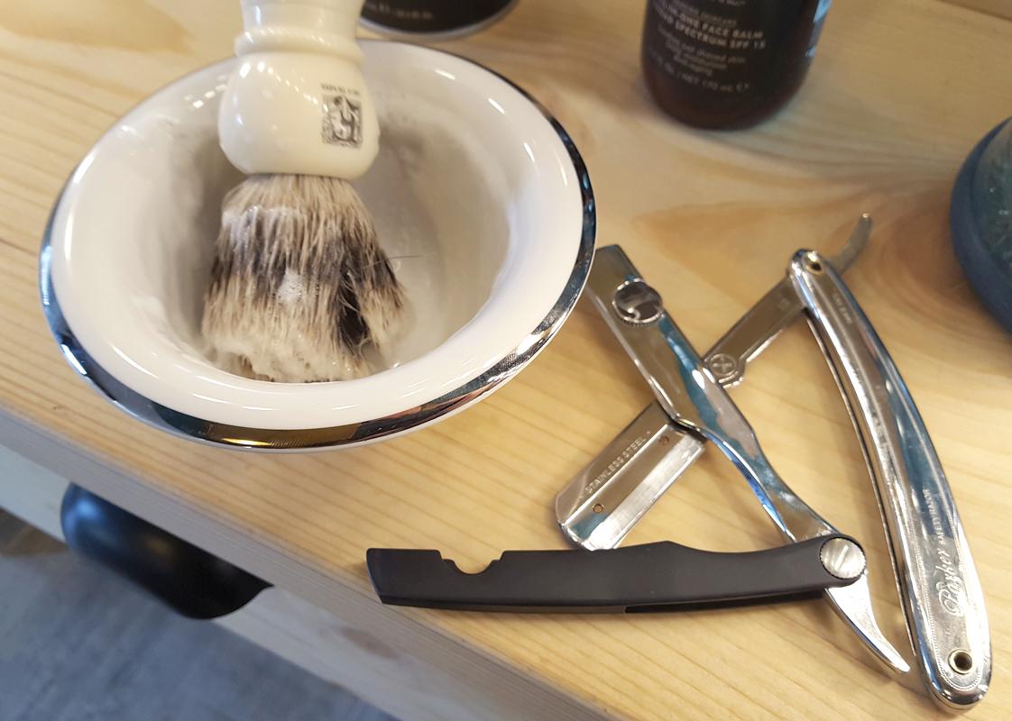 Nuestra brochas y navajas para el afeitado en Sevilla